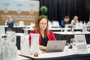 Photo for: 2021 USA Wine Ratings Winners Announced