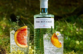 Photo for: The Botanist Gin Wins Best Package at 2021 USA Spirits Ratings
