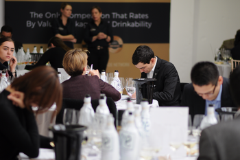 Photo for: This Is The Final Call To Enter Your Wines In The 2021 London Wine Competition